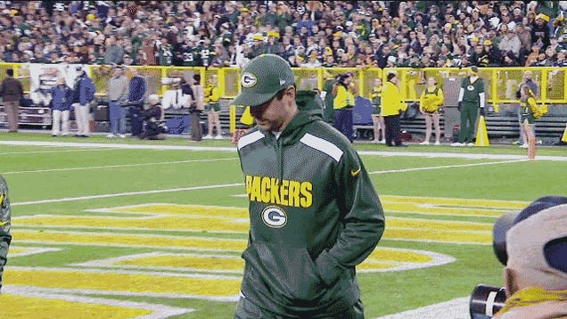 Report: Aaron Rodgers Has A Broken Collarbone