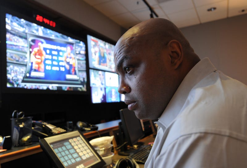 "Charles Barkley Sees Media's ""Hidden Agenda"" In George Zimmerman Case"