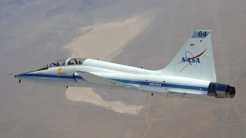 This Supersonic Jet Has Trained 50,000 of America's Best Pilots