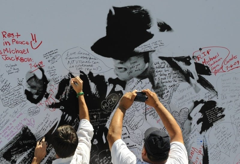 Liveblogging the Michael Jackson Memorial