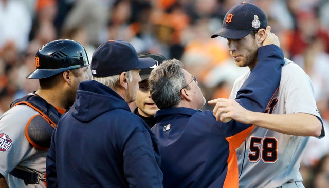 Tigers Pitcher Doug Fister Took A Line Drive Straight To The Head (And Stayed In The Game)