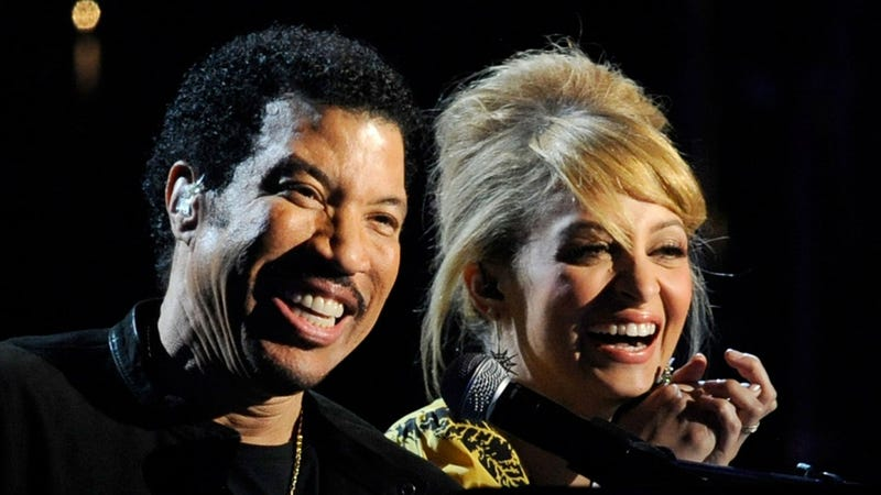 Like Father, Like Daughter: Lionel and Nicole Richie Sing a Duet