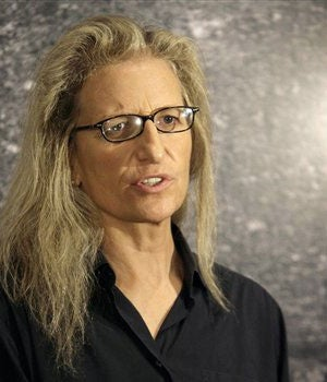 NYT Styles Profiles Annie Leibovitz's Financial Problems And Enablers