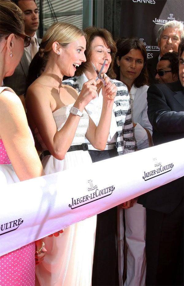 Diane Kruger: Stunning With Scissors