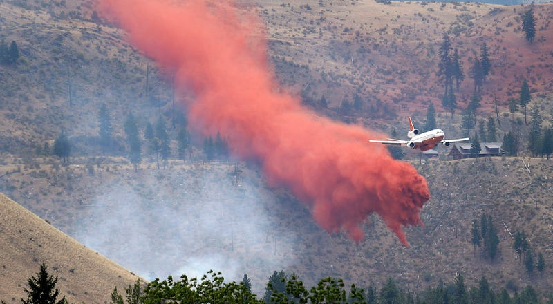 Washington Wildfire Destroys 100 Homes, Thousands Without Electricity