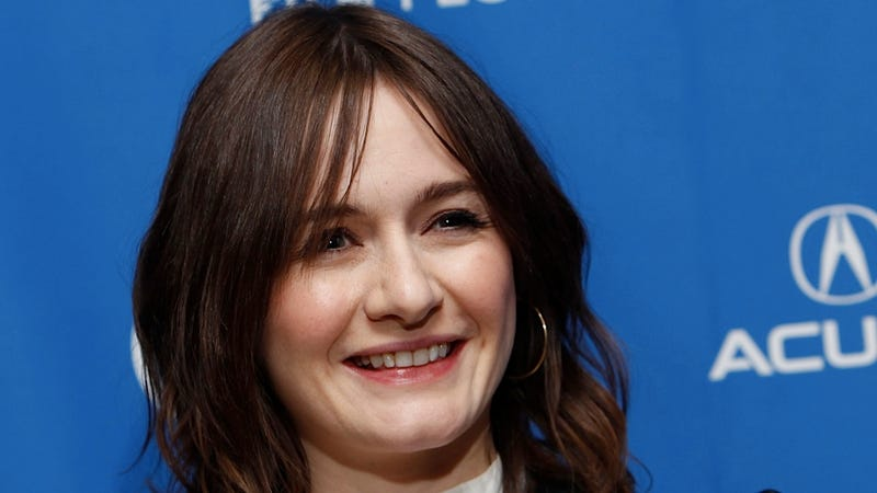 Emily Mortimer Was Extremely Hat-Conscious When She First Met Woody Allen