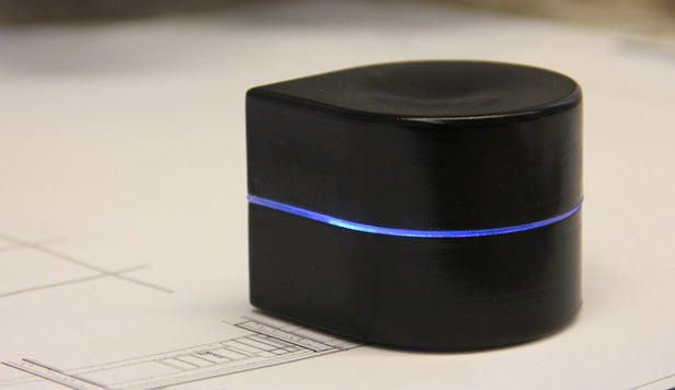 Pocket-Sized Wonder-Printer Would Work Its Own Way Across a Page