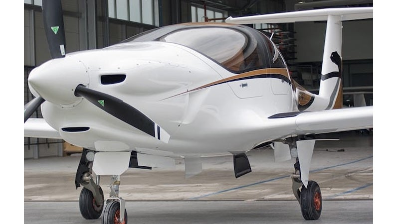 This Beautiful Electric Plane Is Like an Airborne Tesla