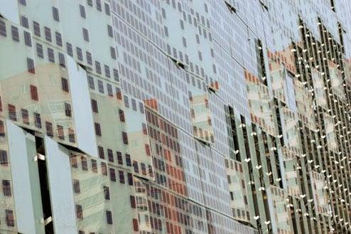 Beijing's Gigantic LED Wall Is Fully Solar Powered
