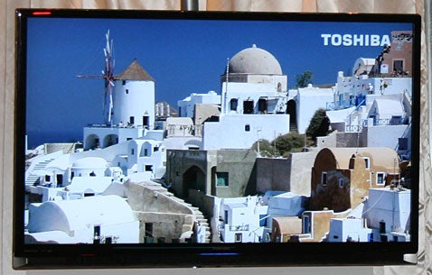 Toshiba's New Regza LCD TV's Bezel Touted as World's Thinnest