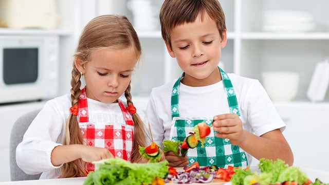 Get Kids to Like Healthier Foods by Concentrating on Social Aspects