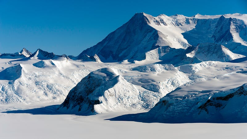 Geologists find diamond-producing rocks in Antarctica