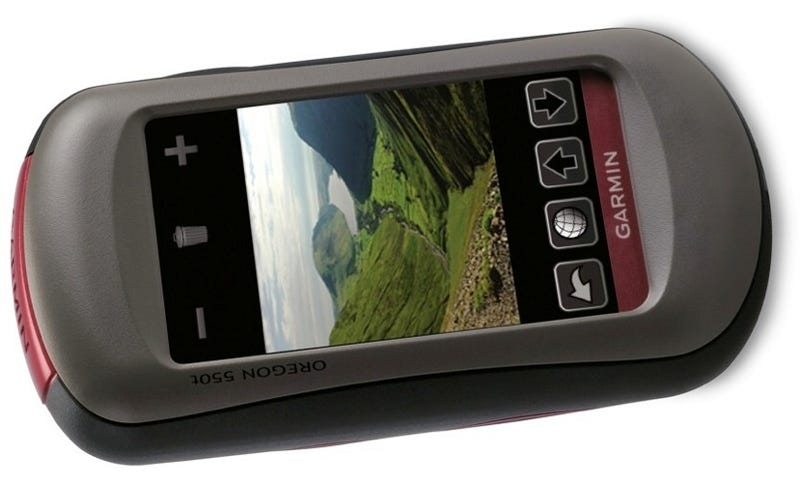Garmin Oregon Handheld GPS Line Gets 3.2 Megapixel Camera, Geotagging