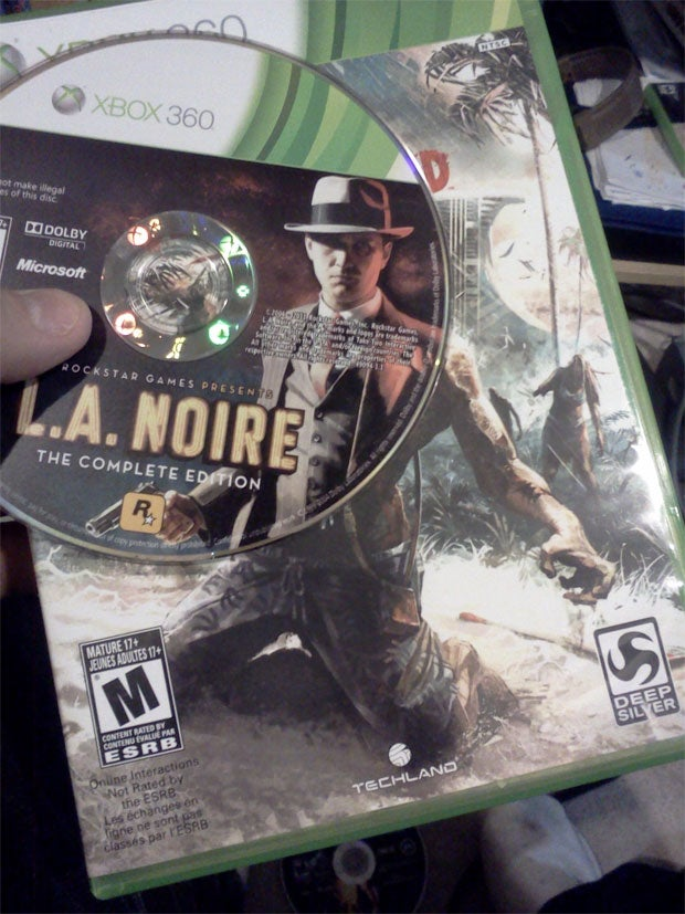 I Didn't Know LA Noire Involved Smashing Zombies With Paddles