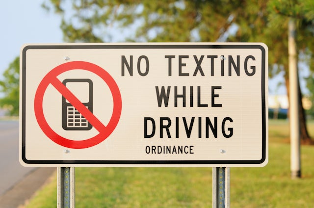 10 Kinds of Texts You Don't Need to Send or Receive While Driving — or Ever