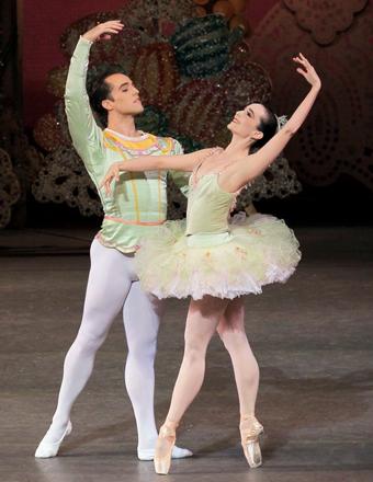 Fat Ballet 42