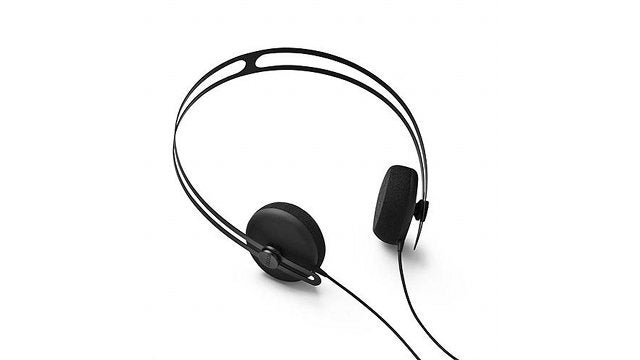 Daily Desired: These Lightweight Headphones are Walkman-Chic