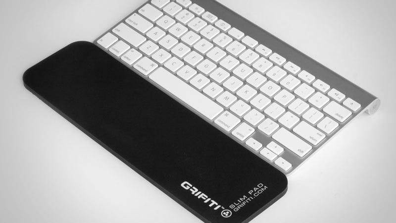 Grifiti Pads Provide Ergonomic Wrist Support to Slim Keyboard and Laptop Users