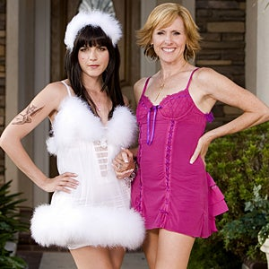 Molly And Selma Fail To Save Aussie Import Kath & Kim