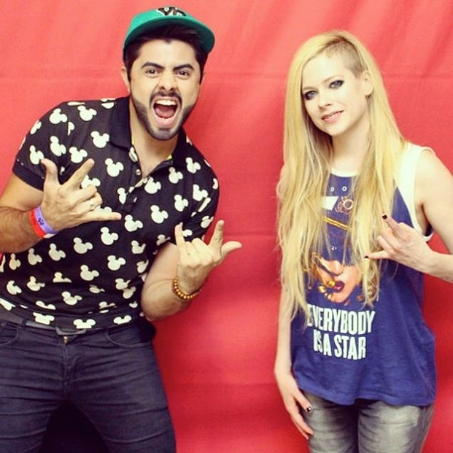 The First Rule of Meeting Avril Lavigne: Never Touch Avril Lavigne