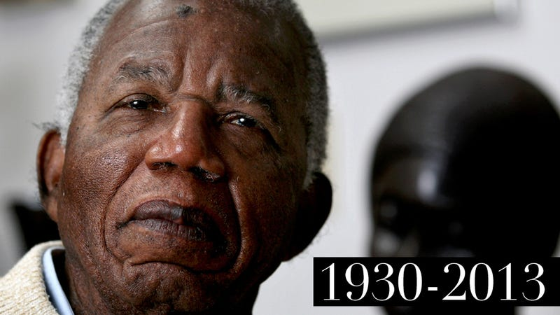 Chinua Achebe, Author of Things Fall Apart, Dead at 82