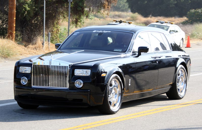 Michael Jackson's Funeral Procession Sponsored By Land Rover, Rolls Royce Dealer
