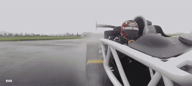 This Is What Happens When You Drive An Ariel Atom 3.5R In The Wet