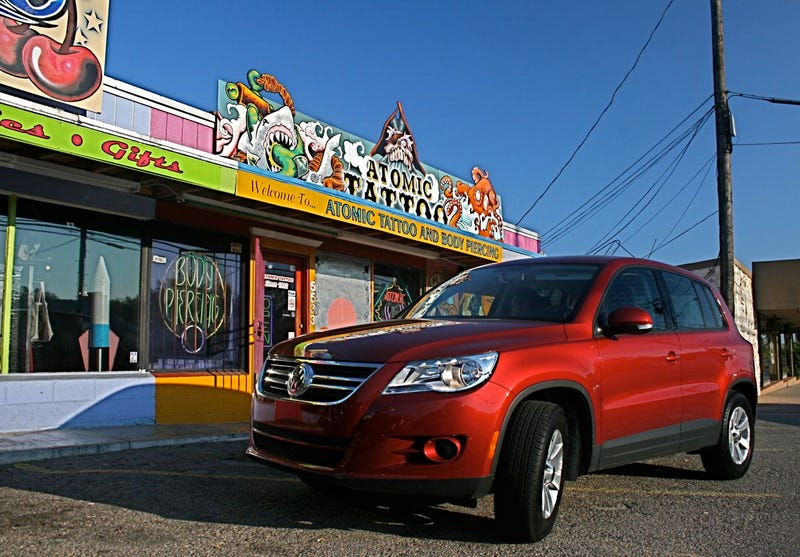 2009 Volkswagen Tiguan S, Part Three