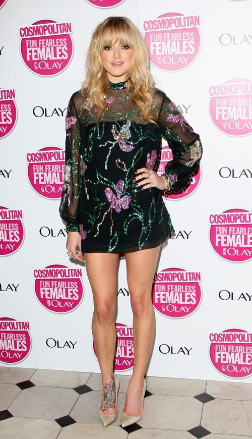 Females Are Fun, Fearless, & Poorly Dressed At Cosmo Awards