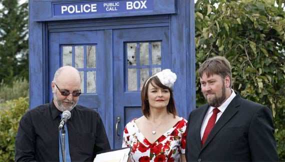 25 Geeky Weddings that are just as fantastical as the Royal Wedding