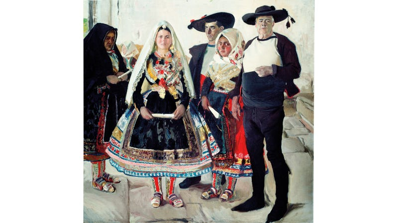 Spanish Art and Spanish Dress Come Together Quite Nicely