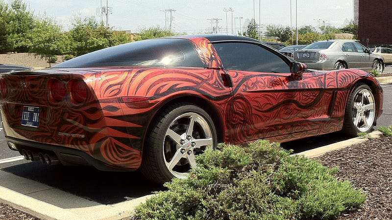 Sharpie-wielding tattoo artist turns Corvette into tribal sleeve