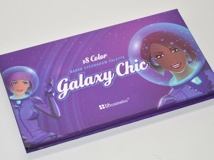 """Galaxy Chic"" eyeshadow will make your eyes glitter with stardust"