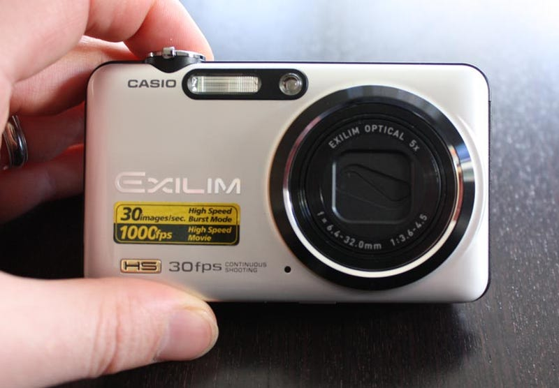 Casio Exilim EX-FC100 Slow-Mo Pocket Cam: Lightning Review