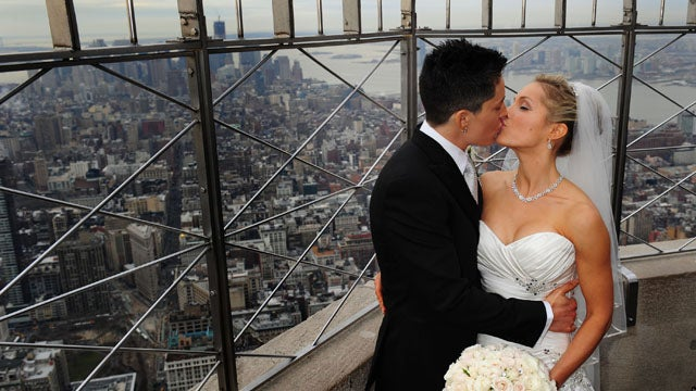 Empire State Building Hosts Its First Same Sex Weddings