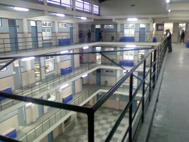 This South Korean High School Looks Like a Prison