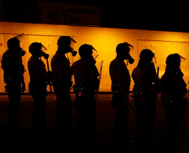 Missouri Governor Lifts Curfew in Ferguson