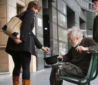 Ian McKellen Mistaken for Hobo