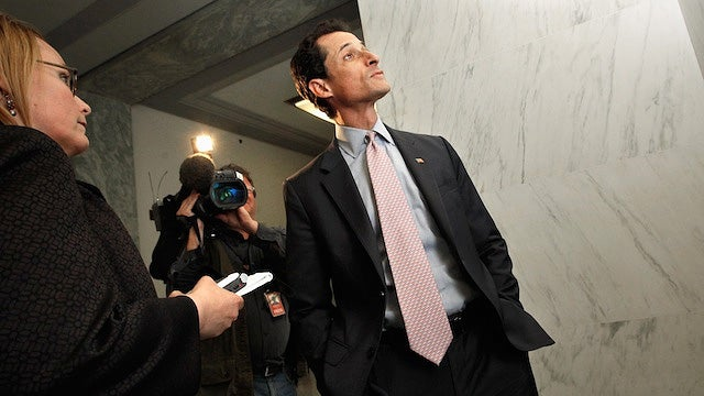 Anthony Weiner Calls the Cops on a Reporter
