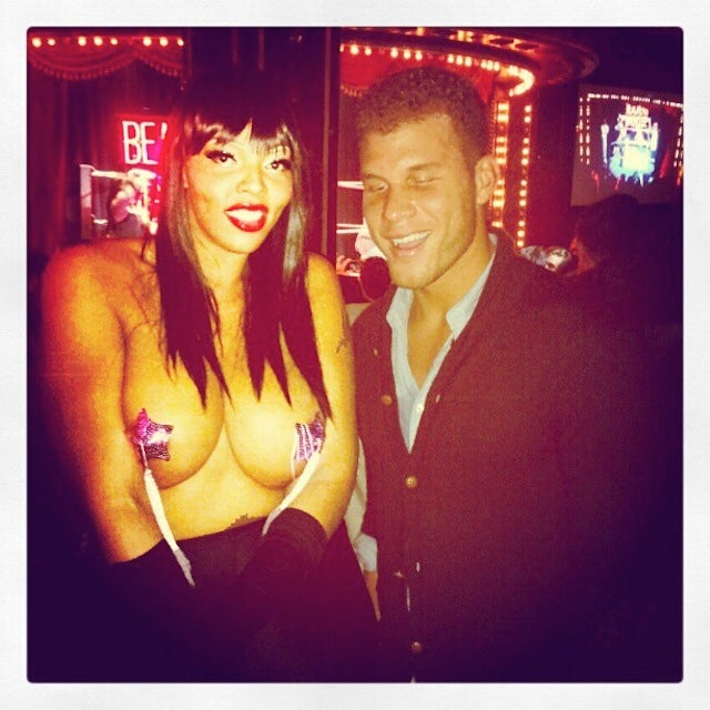 "Everybody, Especially Blake Griffin, Loves This 6'7"" Burlesque Dancer [NSFW]"