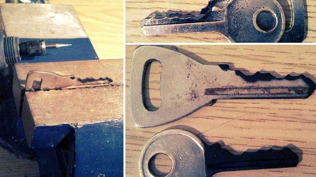Easily Copy a Key with the Help of Spray Paint