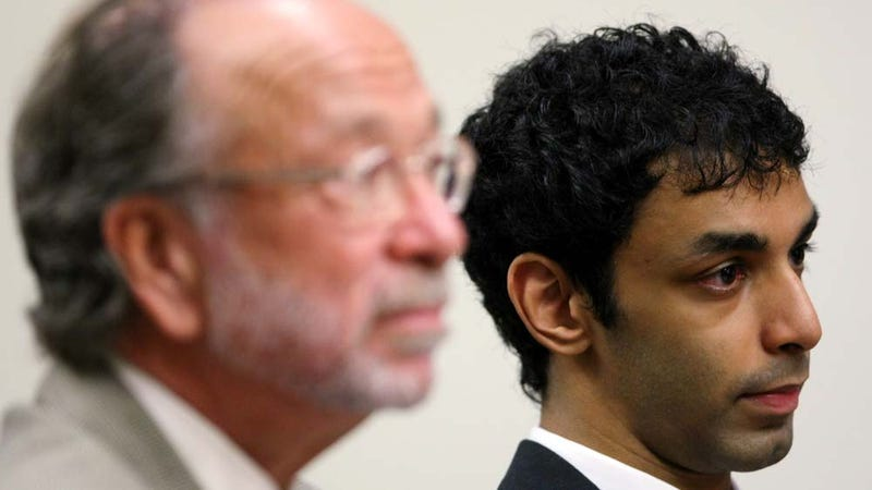 Prosecutors Must Name Gay Lover in Rutgers Suicide Case