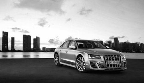 2011 Audi S8: If This Is It, We Surrender