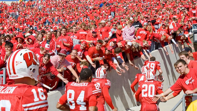 Wisconsin Student Paper Names, Shames Students Re-Selling Rose Bowl Tickets