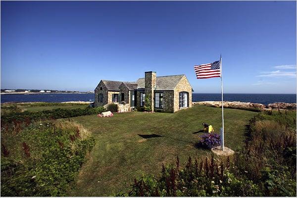 Topsy Turner's Rhode Island Nap House