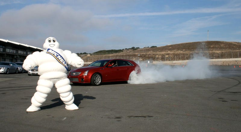 Cadillac CTS-V Sport Wagon: First Burnout