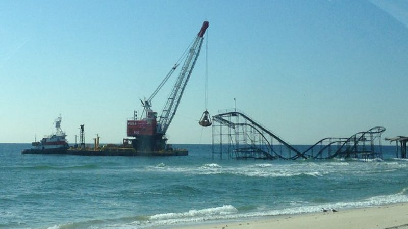 The Roller Coaster That Sandy Dumped Into the Ocean Is Being Torn Down