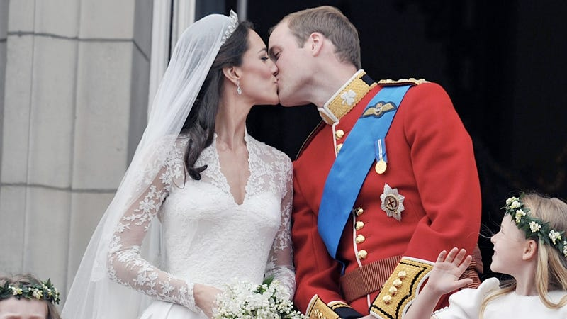 Sunday Smooching: Kate Middleton and Prince William Are Totally Doing It on Their Anniversary