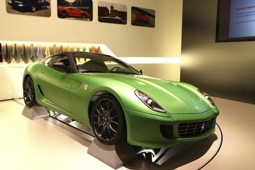 Ferrari HY-KERS Hybrid Concept: Italian Supercar King Goes Green