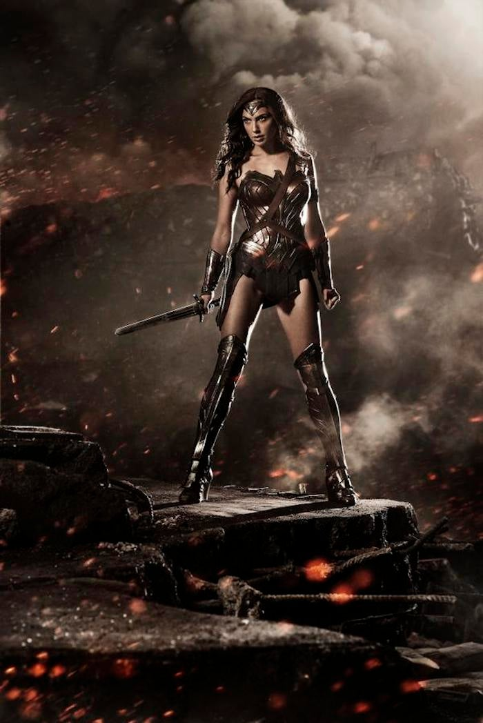 Here is Your First Glimpse at Wonder Woman's New Costume